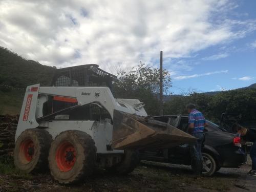 motivo viaje bobcat 853 overhaulling 2017