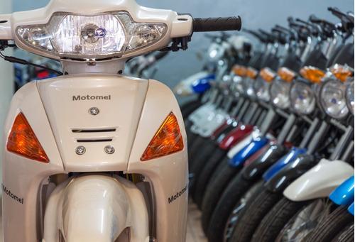 moto 110 dlx deluxe  110cc  motomel  pago de contado