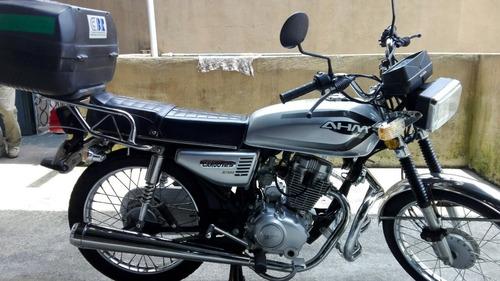 moto 125 c.c. bonita todo al día