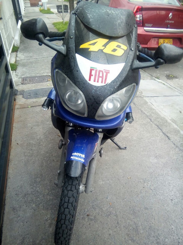 moto 200cc excelente estado