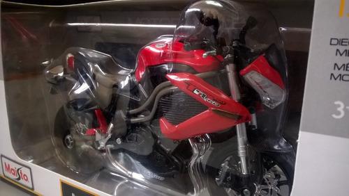 moto a escala 1/12 para coleccionar benelli tornado naked