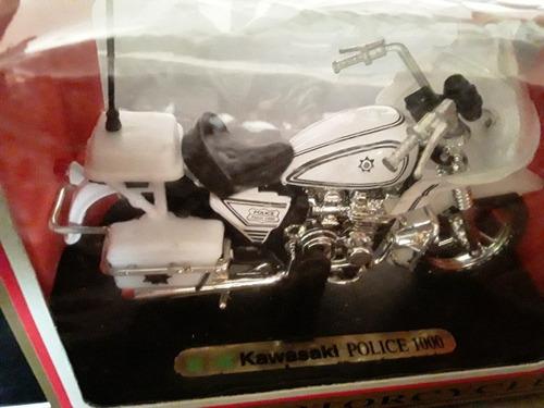 moto a escala  1/18  kawasakid police 1000