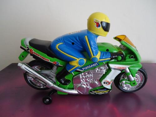 moto a escala c/piloto juguete puissant spirited original