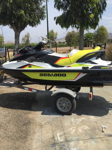 moto acuática seminueva seadoo wake pro 215