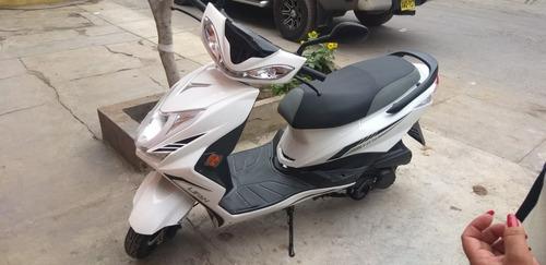 moto automática lifan 125