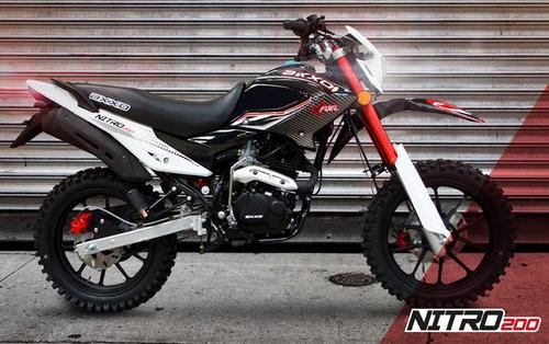 moto axxo nitro 200 año 2017 rojo con negro, blanco con negr