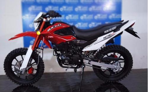 moto axxo nitro 200 año 2018 rojo con negro, blanco con negr