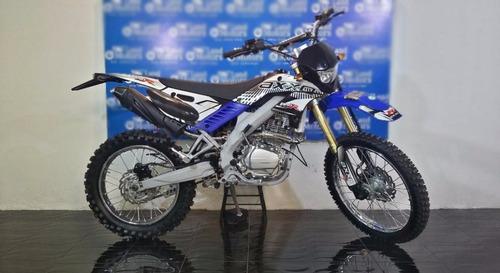 moto axxo pro 250 año 2017 250cc