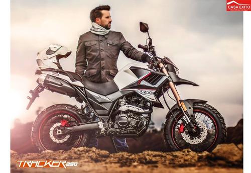 moto axxo tracker 6c año 2019 250cc con maletas na/bl/ro