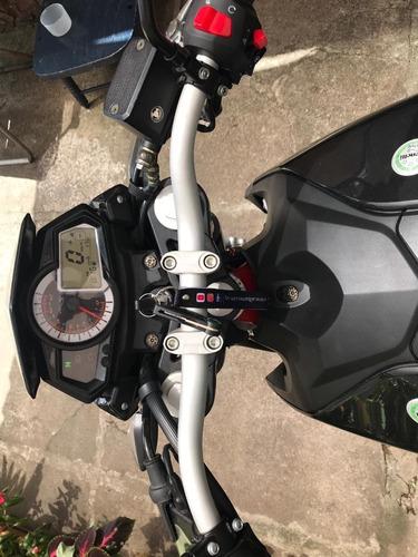 moto benelli nacked 250cc tnt25 deportiva