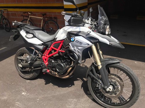 moto bmw 800