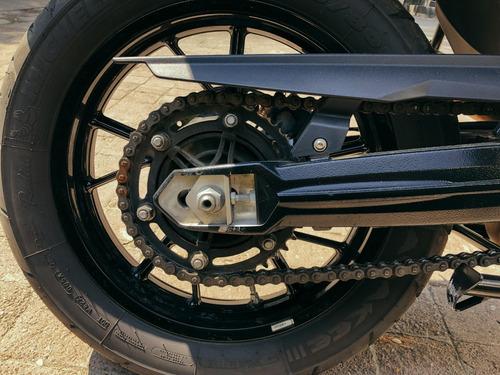moto bmw f700