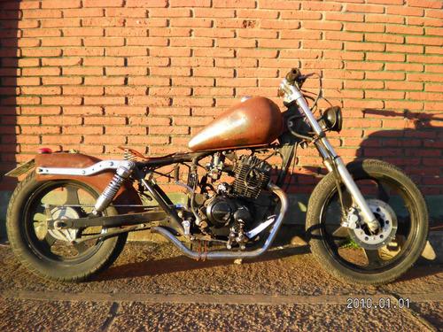 moto bobber custom no chopper no cafe racer