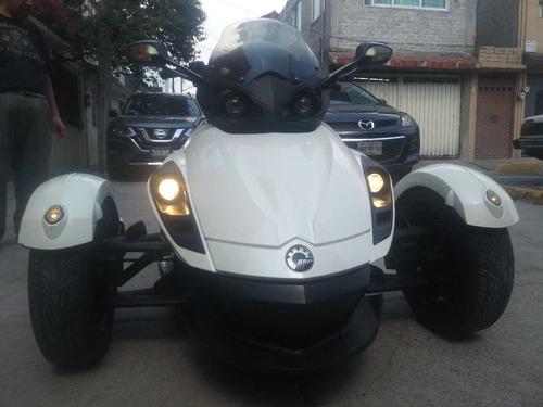 moto brp can am spyder rs s 990cc