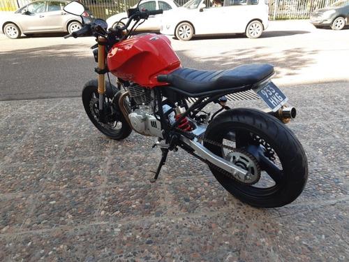 moto cafe racer scrabler beta chrono 250