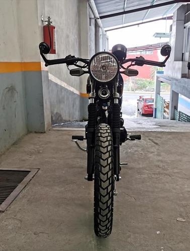 moto café racer/brat
