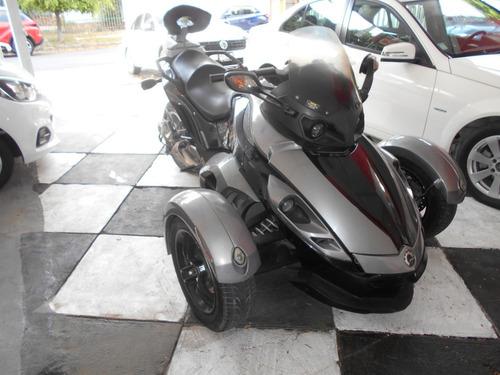 moto can am spaider 3 llantas 2009