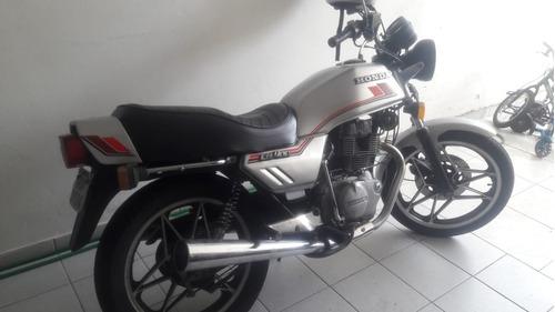 moto cb 400, ano 83, 1ª, originalzissima