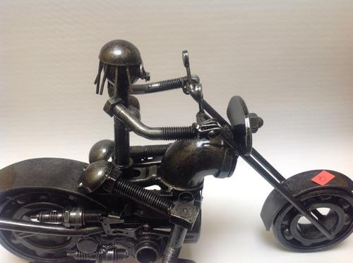 moto con piloto mujer con envío gratis / de meta/ modelo 12