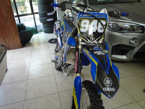 moto cross yamaha 2016 blaco con azul y verde