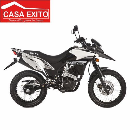moto daytona dy250 rx 250cc año 2020 color ne/ ro/ bl/ az