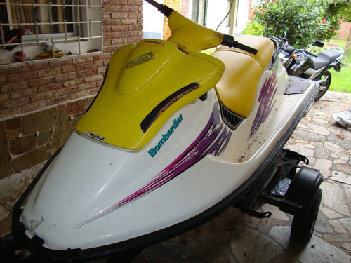 moto de agua con trailer impecable con traje 7 mm incl