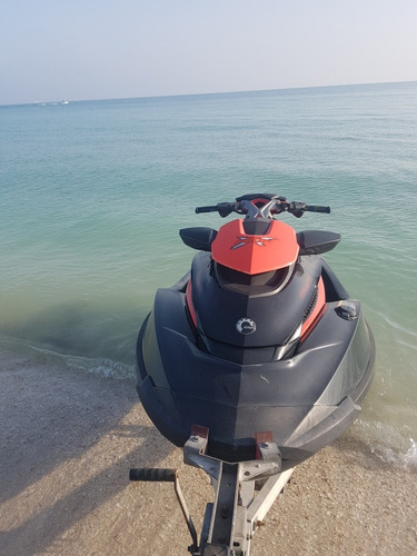 moto de agua sea doo - yamaha - acuatica