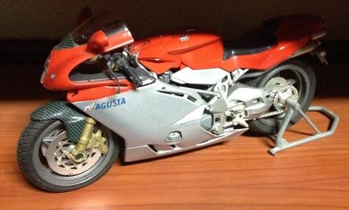 moto de colección agusto mv f4 escala: 1/18