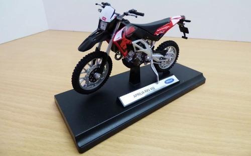 moto de colección aprilia rxv 450 escala 1 /18 welly