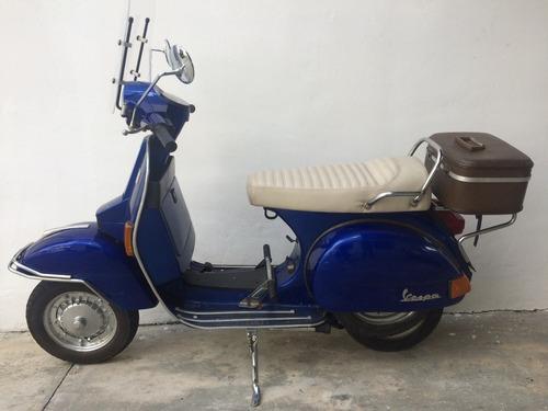moto de colección vespa originale/supra