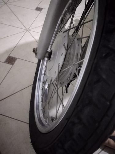 moto de garagem - relíquia titan com 26 mil km.
