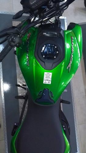 moto deportiva bajaj dominar 400 ug 2020