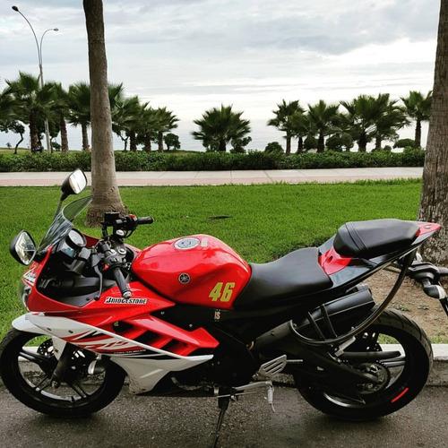 moto deportiva yamaha r15
