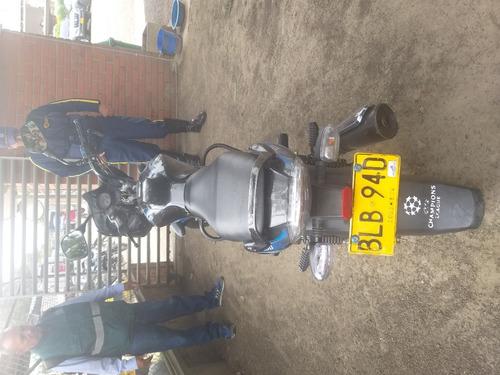 moto discover bajaj