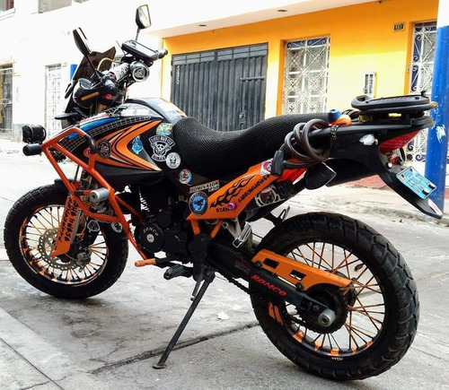 moto dominator 250