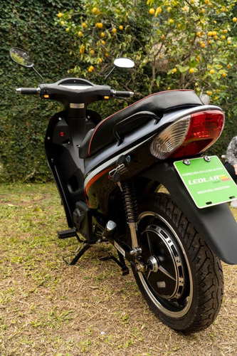 moto eléctrica canadian ledlar