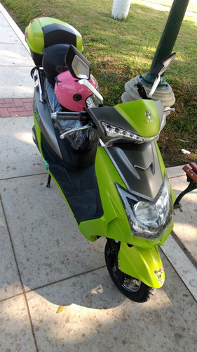 moto electrica con bluetooth íntegrado