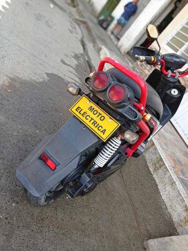 moto eléctrica en perfectas condiciones - estilo bwis