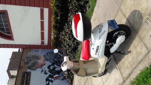 moto electrica forza vintage tipo vespa italiana