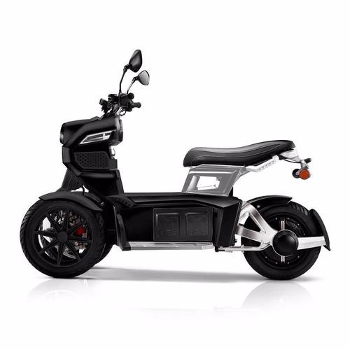 moto electrica itank doohan 0km tecnología tesla negra