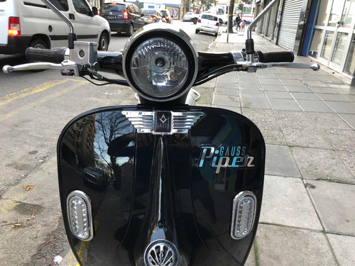 moto electrica scooter  vespa gauss piper 2018 777km