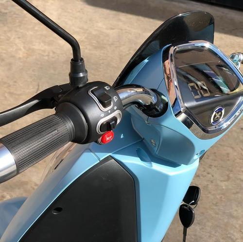 moto eléctrica sunra grace 800w batería ácido en gel.