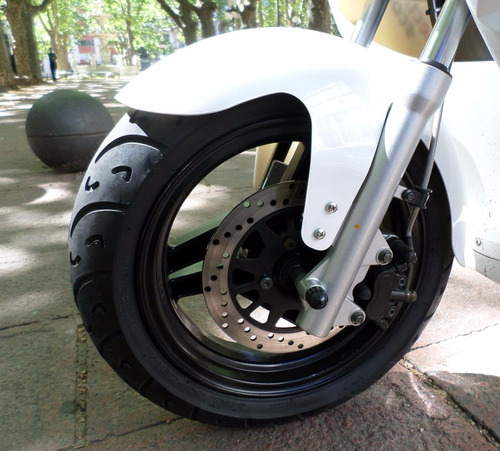 moto eléctrica veems scooter autonomía 90km