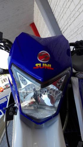 moto enduro marca
