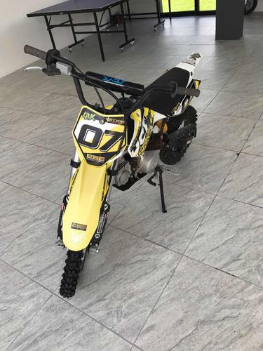 moto f125s 15 horas de uso