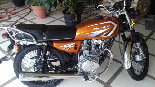 moto freedom 2019 zs 200/7  marchamo y riteve hasta el 2022