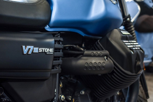 moto guzzi v7 iii stone 750i abs usada 1000km