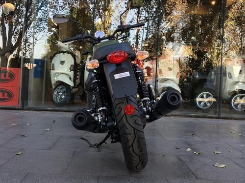 moto guzzi v7 iii stone verde 0 km triumph - motoplex devoto
