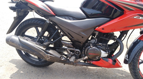 moto honda cbf 125 excelente estado pintura original roja