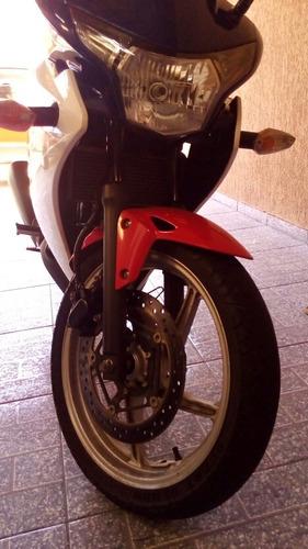 moto honda cbr 250 r